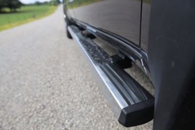 "Truck Gear by LINE-X 4"" Edge Series Step Bar are built to stringent OEM corrosion and strength requirements. Bars come in two high-end finishes: coated with bright chrome plating or durable two-stage powder coat."