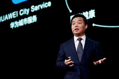 """Zhang Ping'an, presidente de Consumer Cloud Service en Huawei Consumer Business Group, pronunció el discurso de apertura titulado """"Juguemos juntos con HMS"""". (PRNewsfoto/Huawei Consumer Business Group)"""