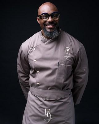 El chef Richard Ingraham (@chefrli) es un chef privado que se enfoca en cocinar para un estilo de vida de alto rendimiento con sabores caribeños y de influencia sureña. Recibirá llamadas al 1-800-TURKEYS el 20 de noviembre. (PRNewsfoto/Jennie-O Turkey Store)